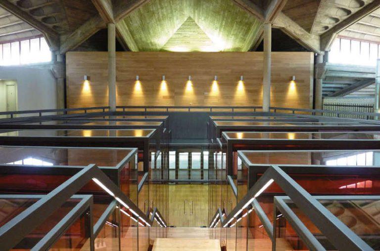 La arquitectura pionera de Bodegas Olarra