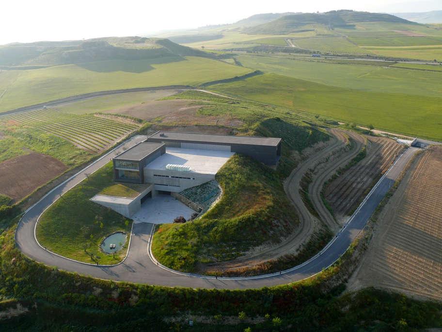 Bodega Marqués de Terán, vista aérea