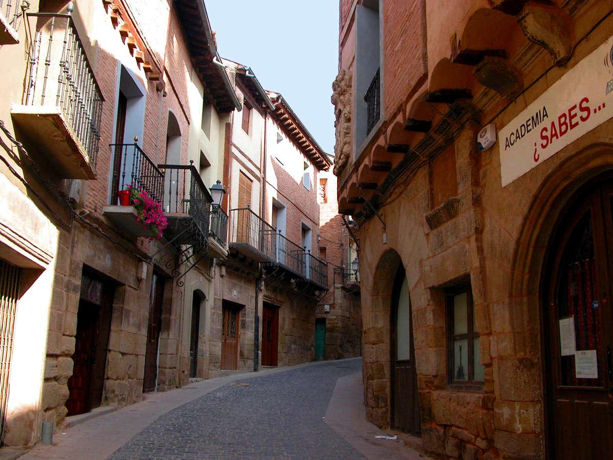 Navarrete, calle en el casco antiguo. © Carlos Sieiro del Nido