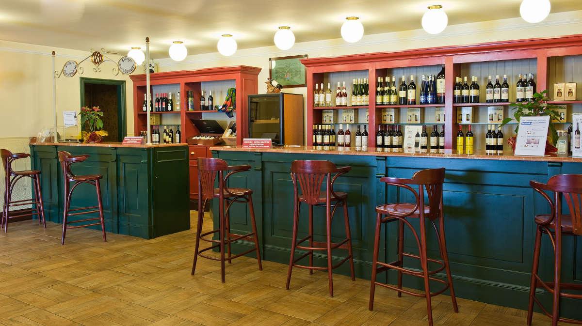 Bodegas Franco-Españolas, wine bar